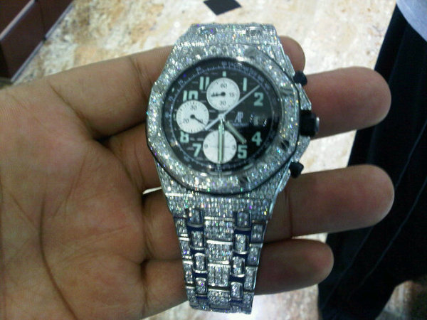 vado audemars-piguet-ap-diamonds-watch-black-face
