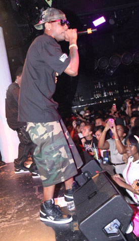 fabolous-on-stage-at-santos-party-house