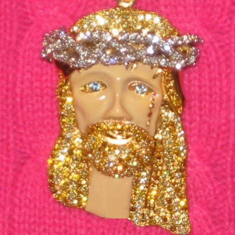 kanye-west-enamel-jesus-piece-close-up