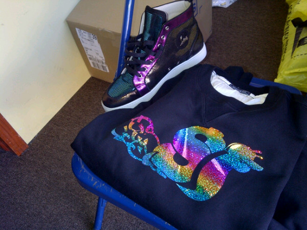 slowbucks-crewneck-sweater-christian-louboutins-louis-splash