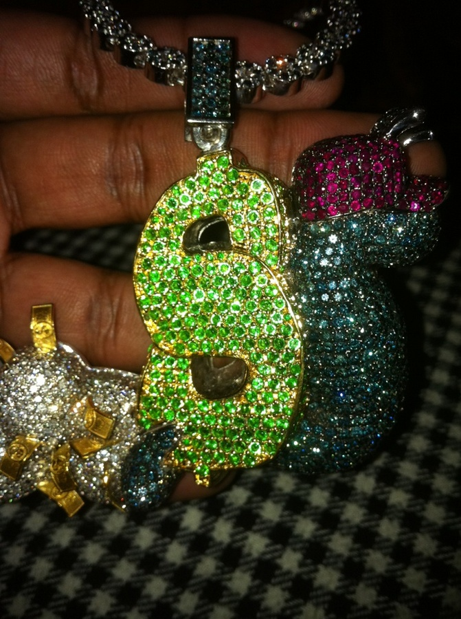 slowbucks-clothing-jewelry