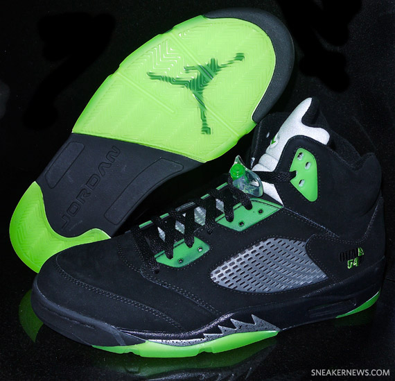 air-jordan-v-quai-54-black-detailed-images-87