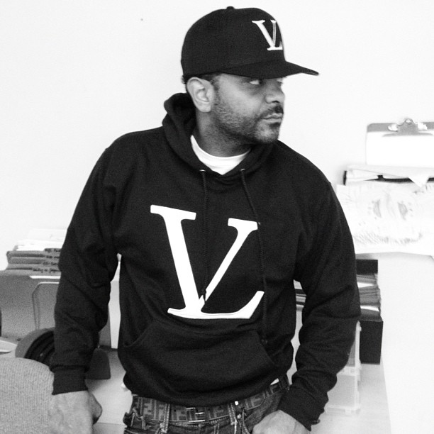jim-jones-vampire-life-vl-logo-sweatsuit-fendi-belt
