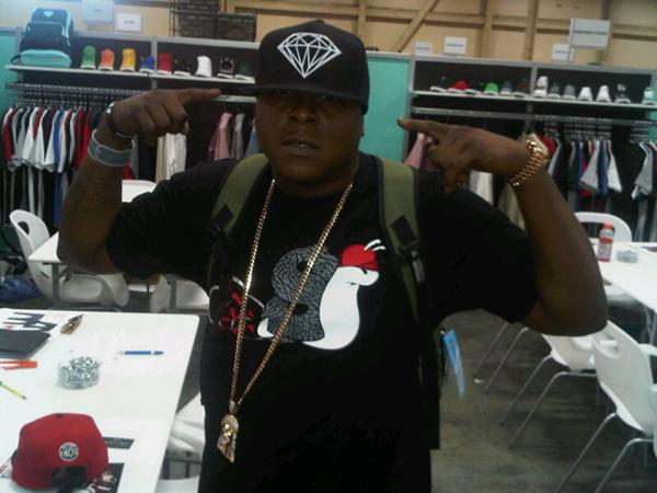 jadakiss-slowbucks-shirt-diamond-supply-hat-jacob-jesus-piece