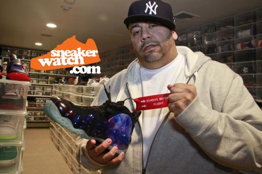 mayor-nyc-sneakerhead-nike-air-foamposite-galaxy-one