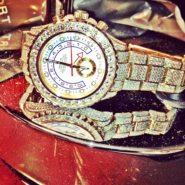 meek-mill-yellow-gold-rolex-watch-yacht-master-ii