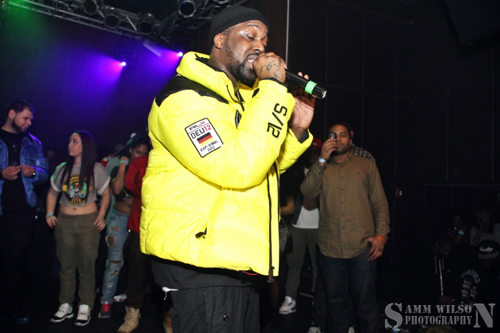 smoke-dza-germany-rlx-radial-yellow-jacket