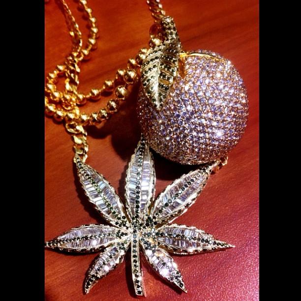 wiz-khalifa-kush-oj-iced-out-diamond-chain