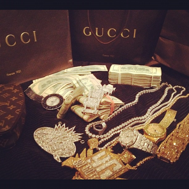 yo-gotti-jewelry-audemars-piguet-louis-vuitton-monte-carlo-box