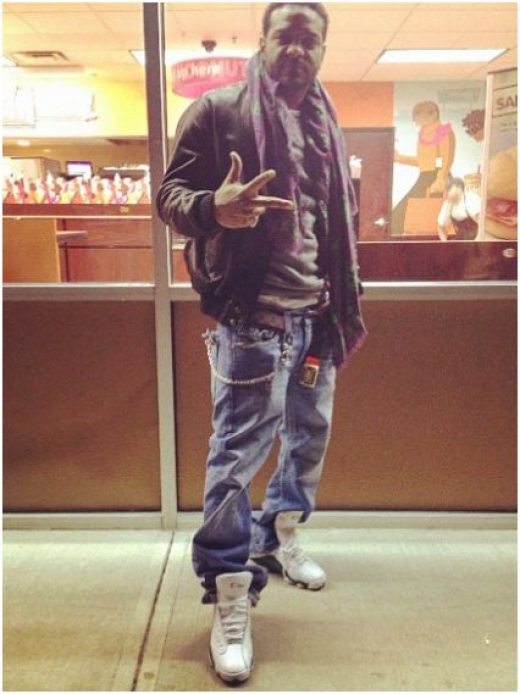 72923e6f1c9 Jim Jones Rocking Ray Allen Air Jordan 13 Player Exclusives ...