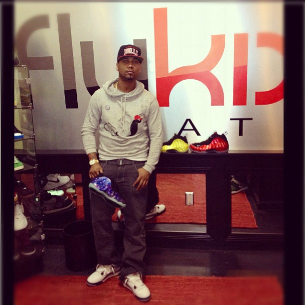 juelz-santana-jordan-4-cements-metallic-red-foams-galaxy-foamposites-electrolime-foamposite