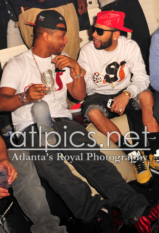 juelz-santana-metallic-red-foams-slowbucks-shirt-hermes-belt