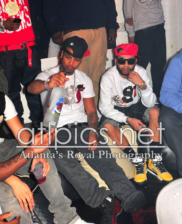 juelz-santana-roxy-grey-goose-cherry-noir-slowbucks-shirt-hermes-belt-metallic-red-foams