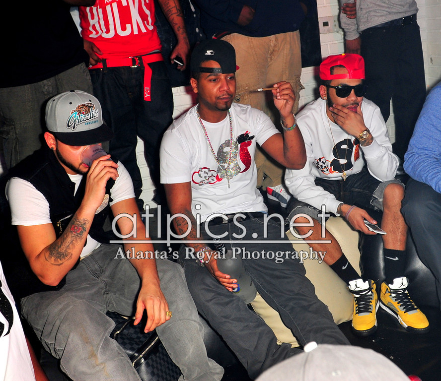 juelz-santana-smoking-slowbucks-luciano