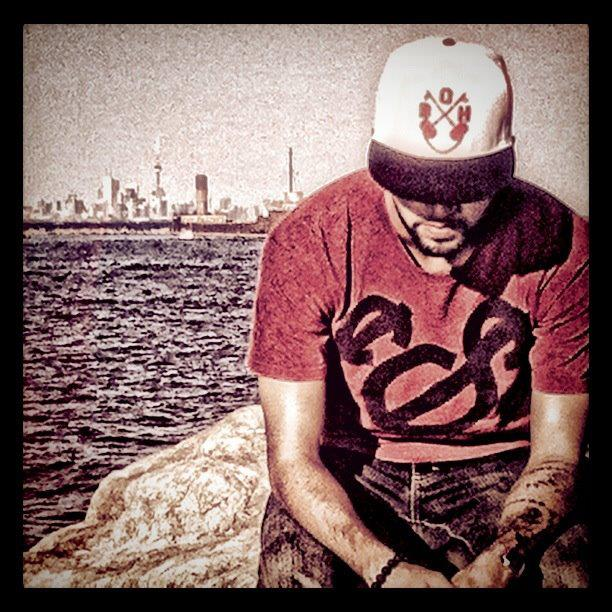 toronto-skyline-cn-tower-birth-of-heroes-bofh-snapback-white