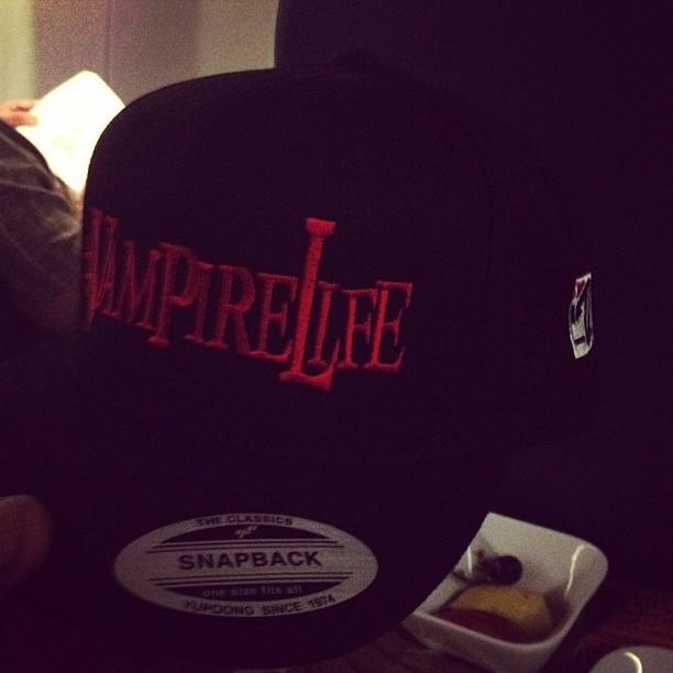 vampire-life-vampirelife-snapback