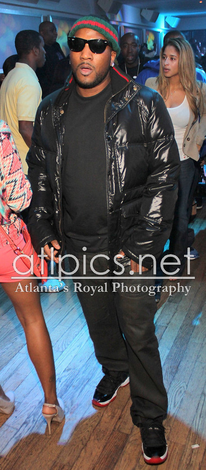 young-jeezy-air-jordan-11-bred-gucci-beanie-jacket