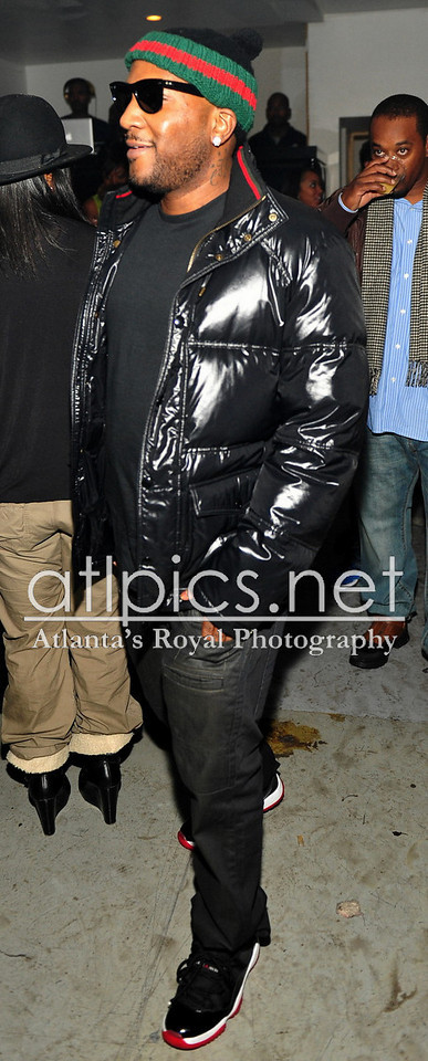 young-jeezy-ray-ban-sunglasses-gucci-beanie-hat-bubble-jacket-air-jordan-xi-11