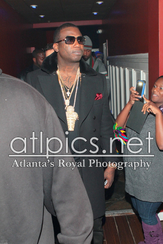 gucci-mane-ice-cream-cone-piece-chain-gold