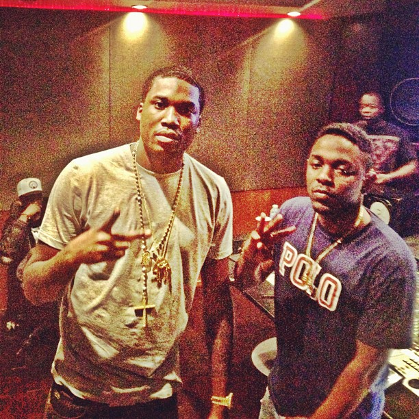 meek-mill-mmg-piece-yellow-rosary-kendrick-lamar-polo-shirt
