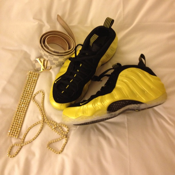 the-game-louis-vuitton-initiales-azur-damier-nike-electrolime-foamposites-diamond-chain-bracelet-canary