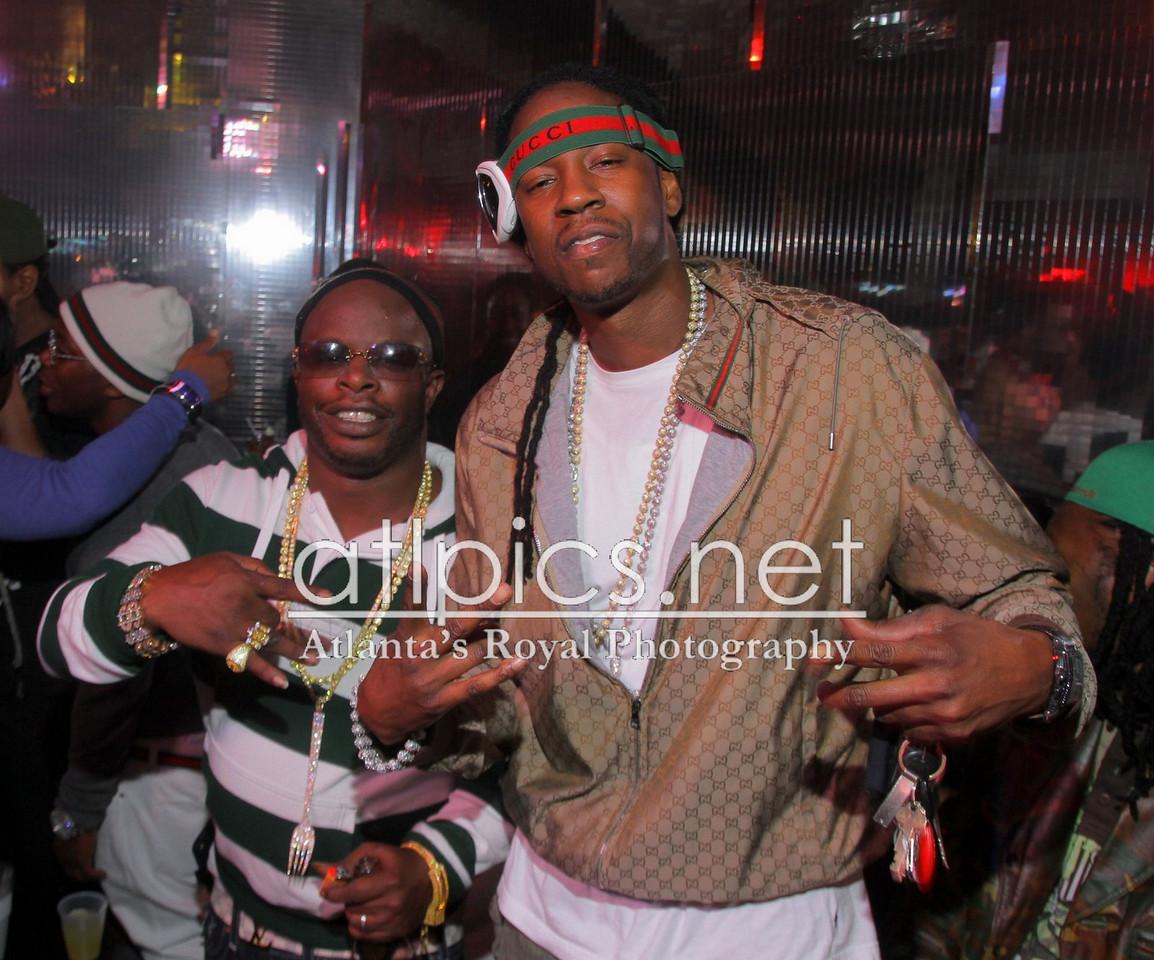 9df32bd9dce 2 Chainz Gucci Nylon Jacket x Gucci Ski Goggles Splash