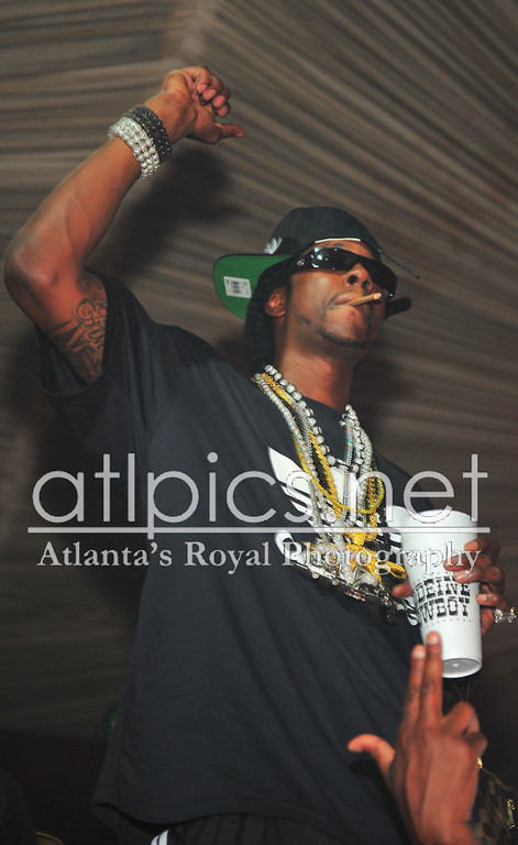 2chainz-rifle-chain-bead-chains-shamballa