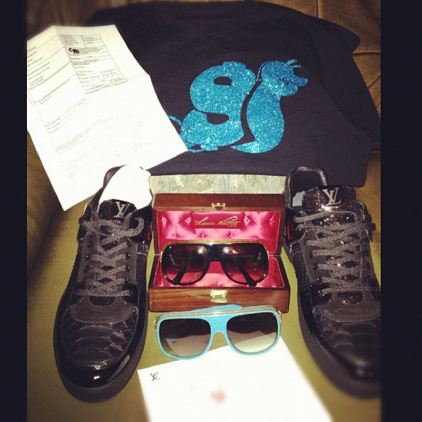 Slowbucks-shirt-Louis-vuitton-millionaire-sunglasses-sneakers-splash