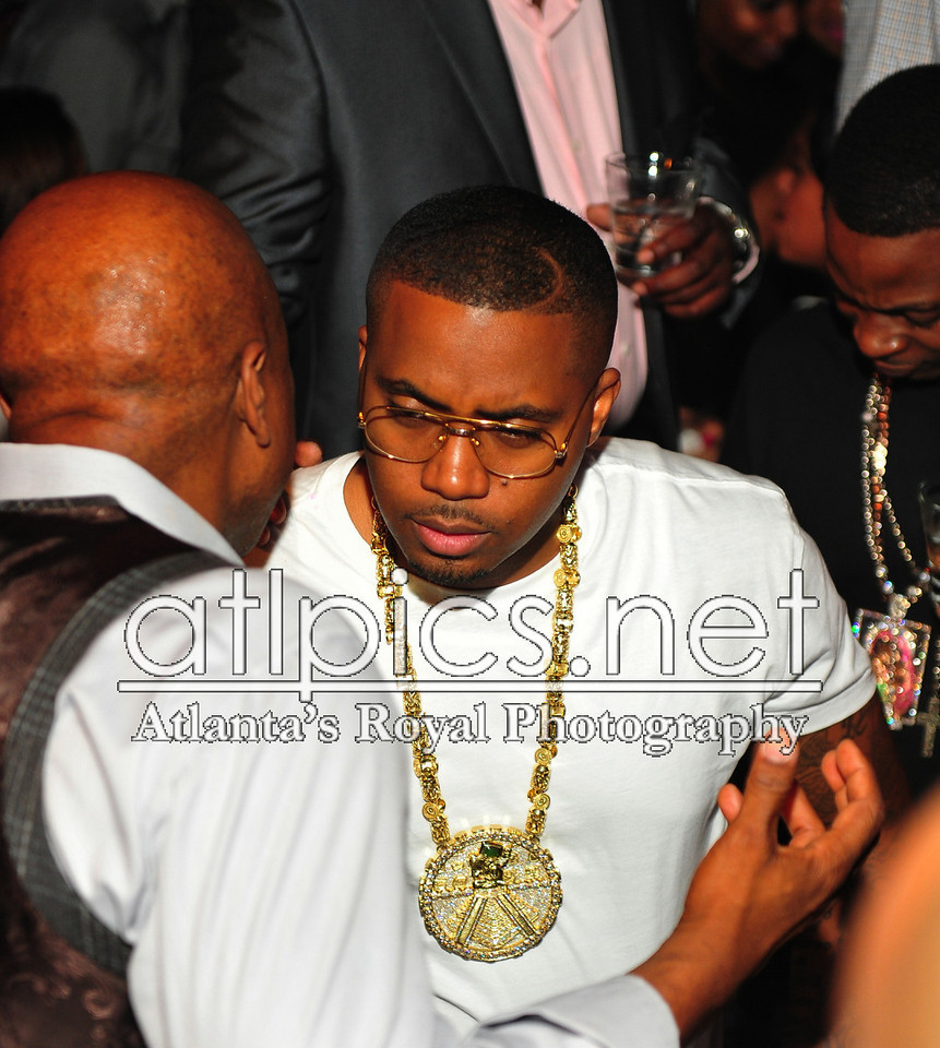 nas-reign-yellow-gold-mayan-chain-rolex-pinky-ring-3