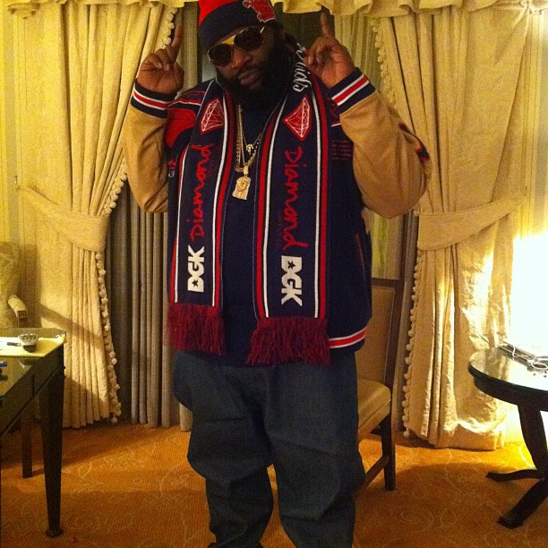 rick-ross-diamond-supply-co-dgk-scarf-jesus-piece