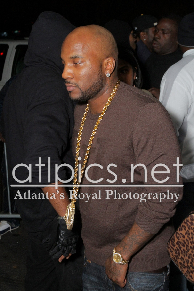 young-jeezy-gold-rolex-yellow-gold-chain-louis-vuitton-sweater