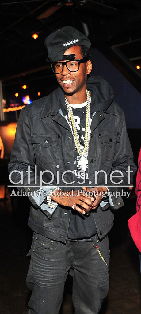 2-chainz-true-religion-jacket-black-iced-out-cross-chain
