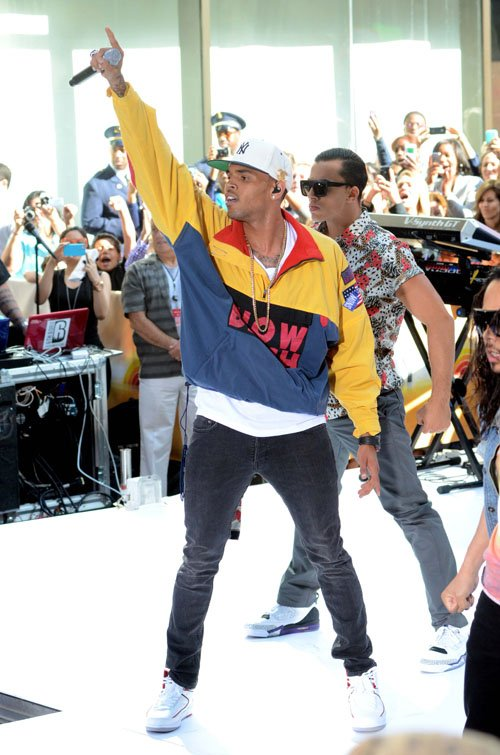 chris-brown-vintage-polo-ralph-lauren-snow-beach-jacket-1
