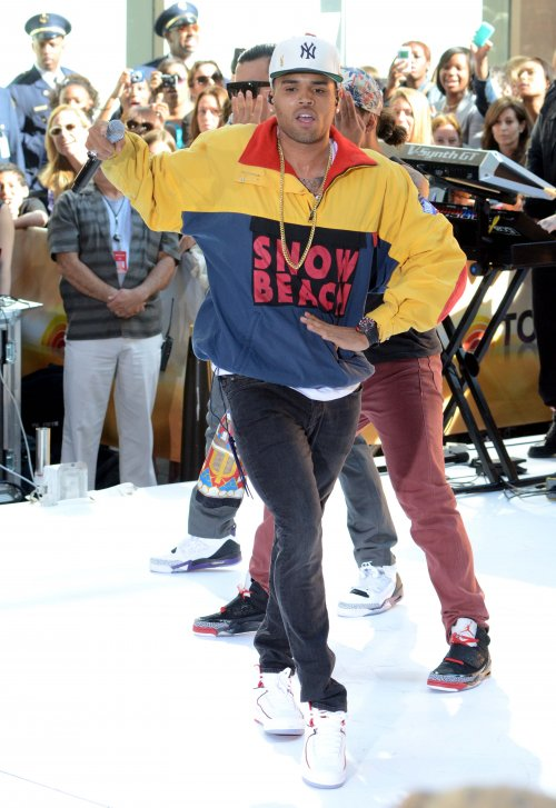 chris-brown-vintage-polo-ralph-lauren-snow-beach-jacket