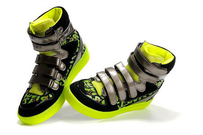 Louis-Vuitton-Stephen-Sprouse-Graffiti-Boots-shoes-sneakers-Green