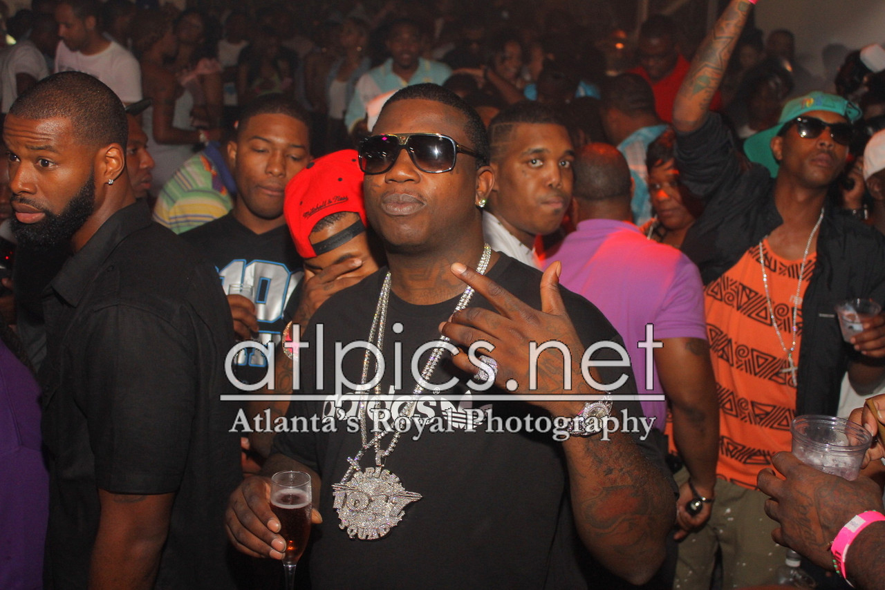 gucci-mane-1017-brick-squad-chain-lv-evidence-shades