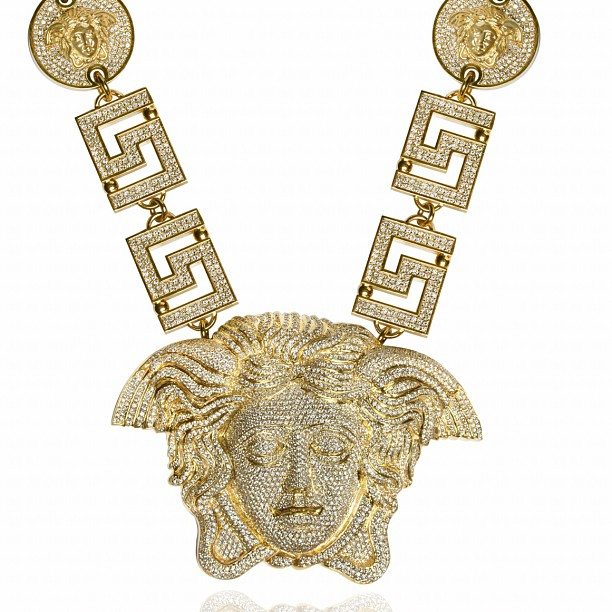 jason-of-beverly-hills-medusa-chain-for-tyga