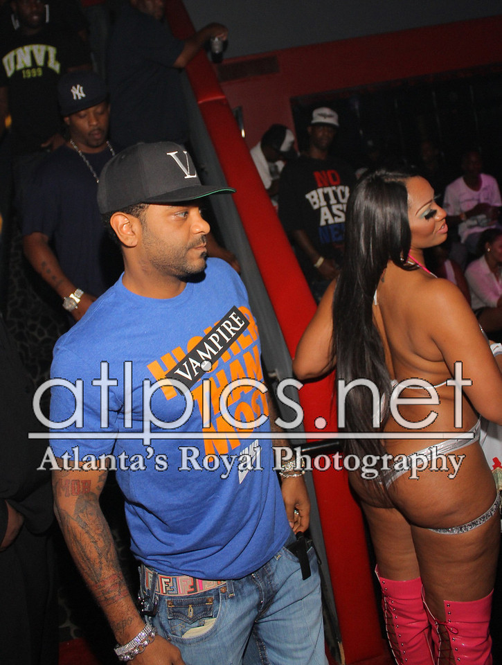 jim-jones-vampire-life-clothing-vampire-than-you-vl-hat-jordan-spizikes-new-york-knicks-orange-fendi-belt-8