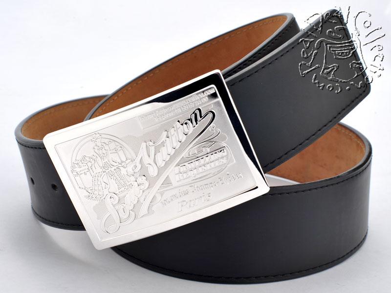 louis-vuitton-travelling-requisites-belt