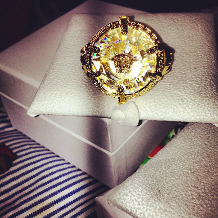 2-chainz-versace-ring