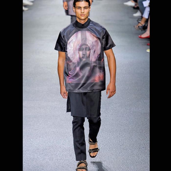 Givenchy-Spring-2013-Graphic-T-shirt-Splashy-Splash