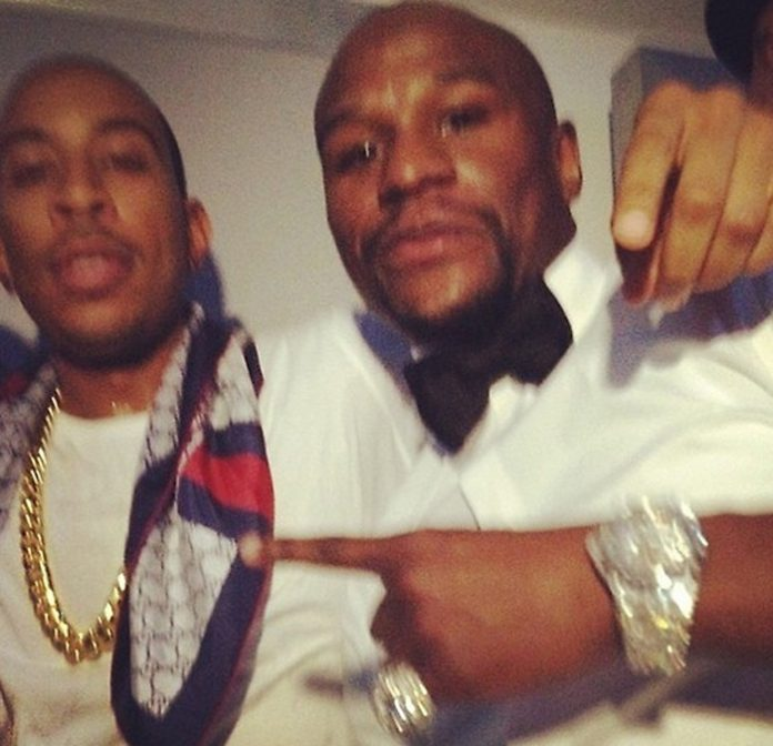 floyd-mayweather-iced-out-audemars-piguet-baguette-diamonds-ludacris-bday-party