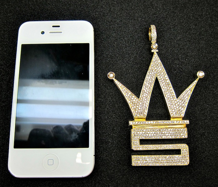 iced-out-worldstarhiphop-logo-piece-pendant-ben-baller-2