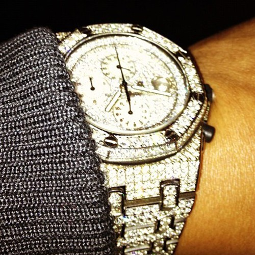 ti-t-i-tip-iced-out-audemars-piguet-royal-oak-offshore-watch-thumb