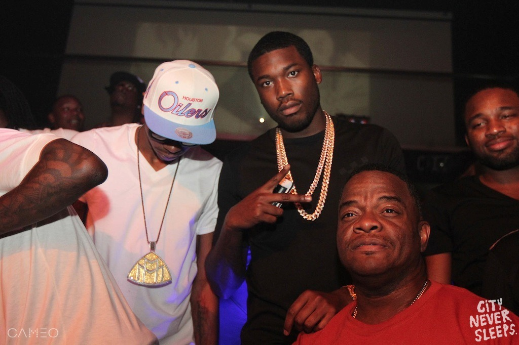meek-mill-iced-out-miami-cuban-links-dj-sam-sneak-mmg-piece-chain