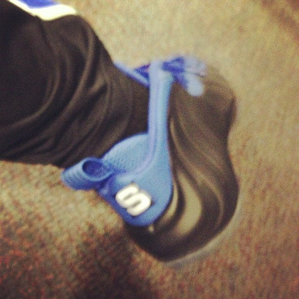 penny-hardaway-sole-collector-foamposites-black-blue