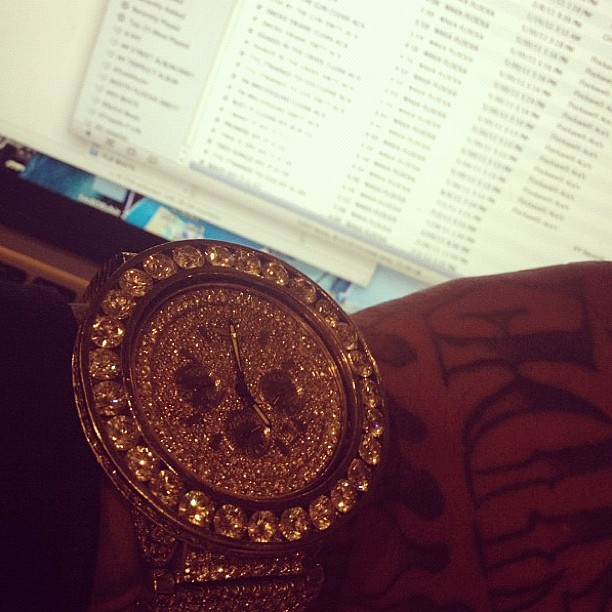 waka-flocka-flame-fully-iced-out-breitling-watch
