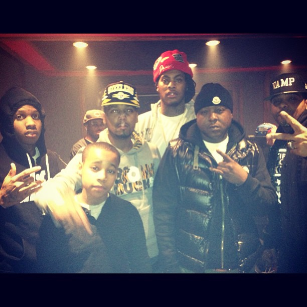 juelz-santana-slowbucks-bangle-hoodie-jadakiss-waka-flocka-jim-jones-lil-durk
