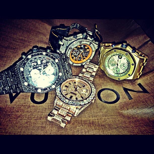 meek-mill-gold-ap-black-audemars-piguet-rolex-watch