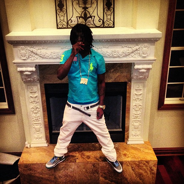 chief-keef-polo-ralph-lauren-neon-shirt-louis-vuitton-belt-jordan-spizike